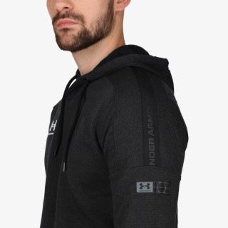 UNDER ARMOUR Accelerate Off-Pitch Hood