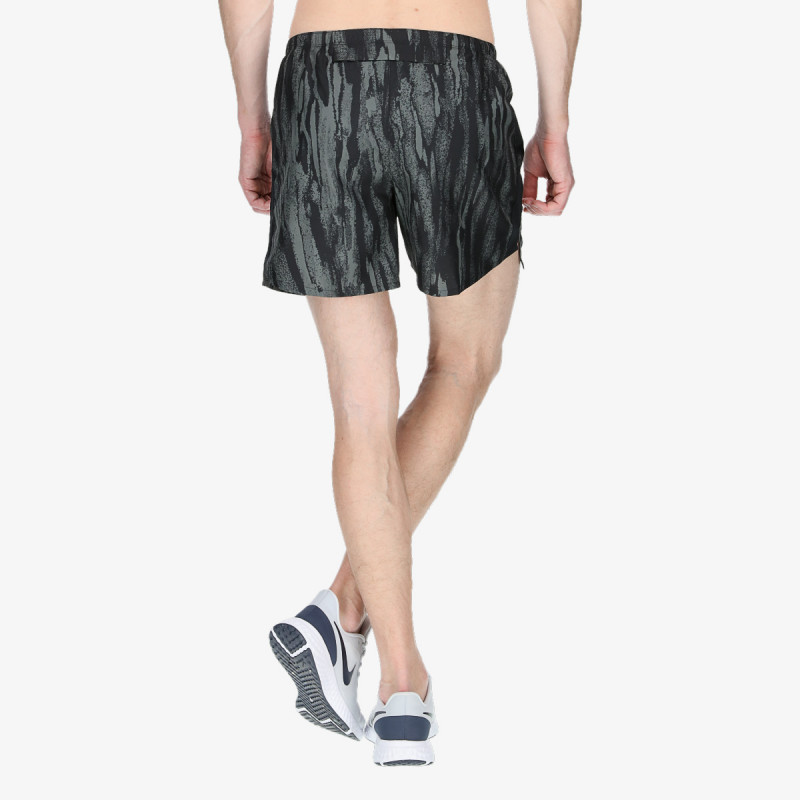 M NK CHLLGR SHORT 5IN BF